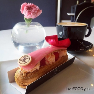 Beautiful and yummy #desserts #eclairs #travelc